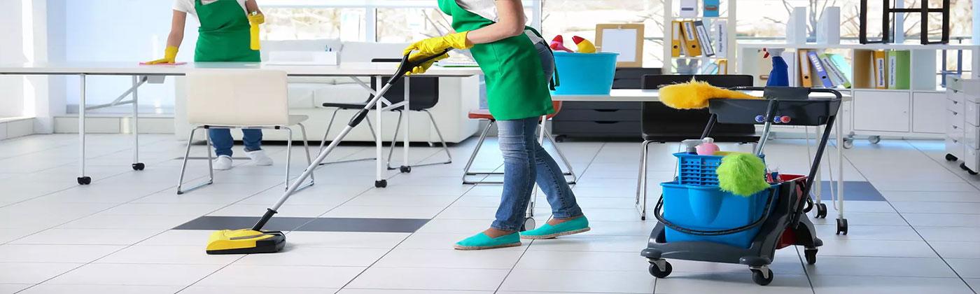 Znalezione obrazy dla zapytania Нанимайте профессиональных уборщиков после ремонта